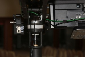 Kabelfuehrung grosser Monitor